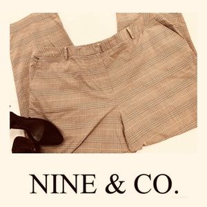 🌹Nine & Company Plaid Brown Stretch Size 22 Pants